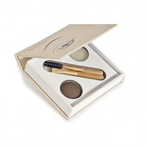 Gorgeous and Natural Eyebrows with Jane Iredale and itCosmetics